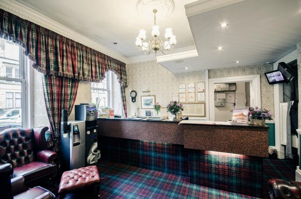 картинка Argyll Hotel Glasgow reception