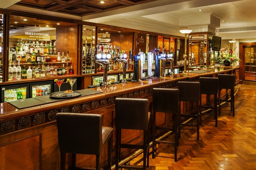 картинка Copthorne Tara Hotel London Kensington bar