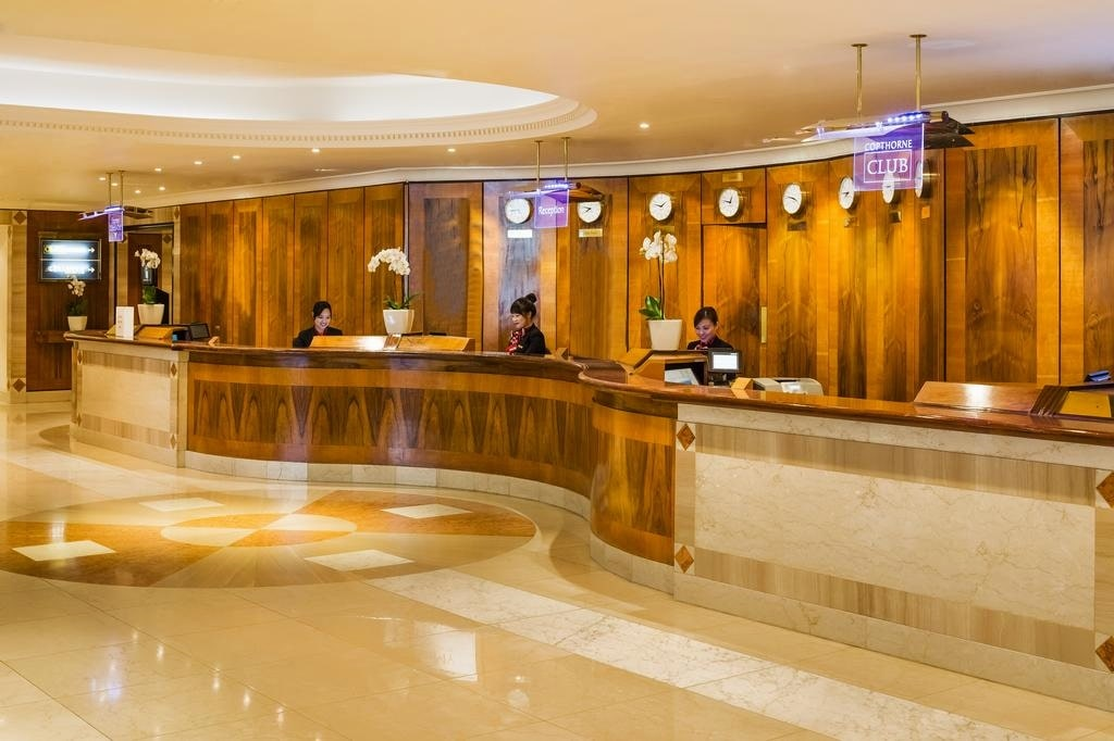 картинка Copthorne Tara Hotel London Kensington reception