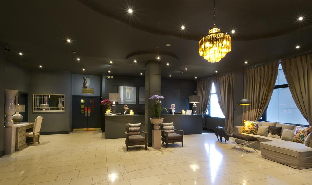 картинка Limerick City Hotel reception