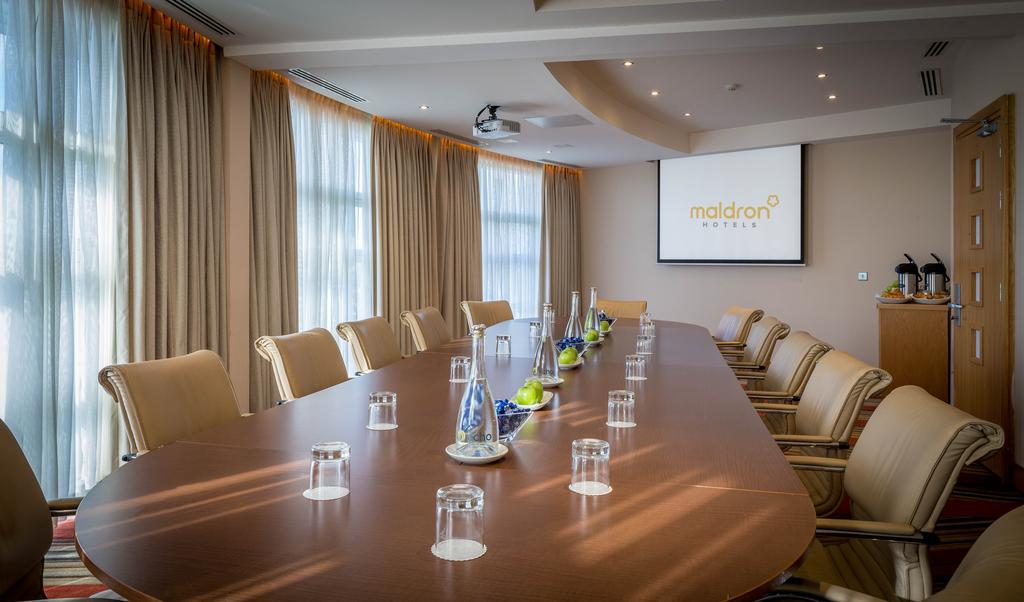 картинка Maldron Hotel conference-hall