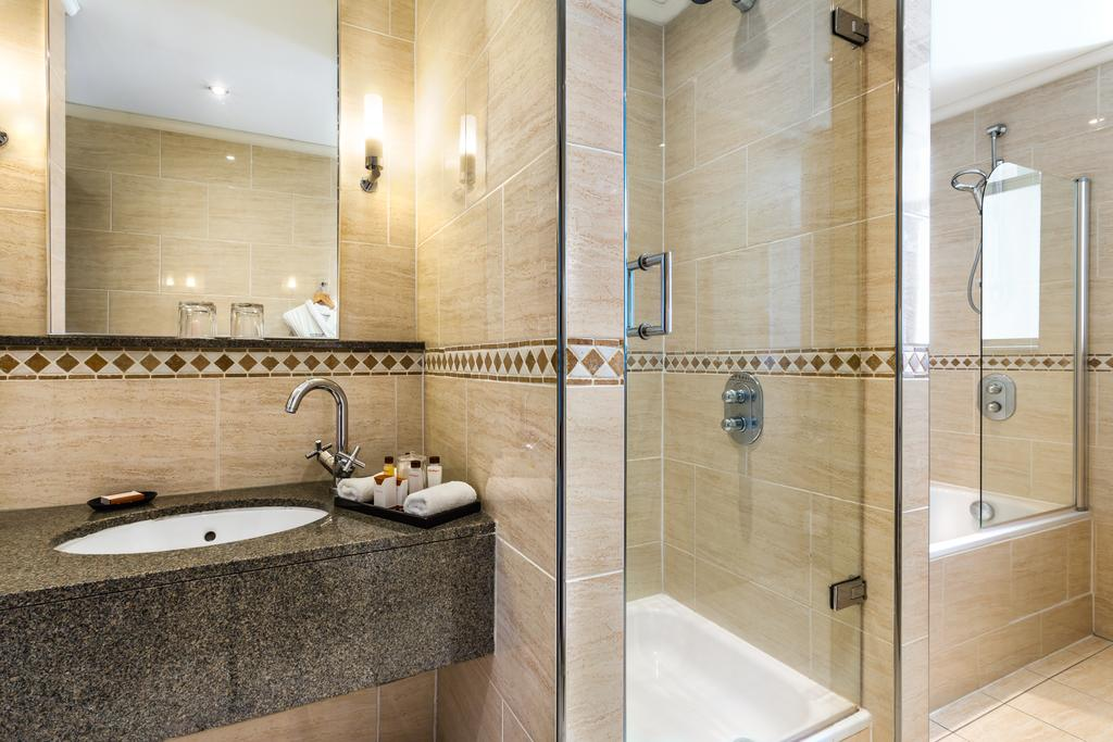 картинка Waldorf Astoria Edinburgh – The Caledonian bathroom