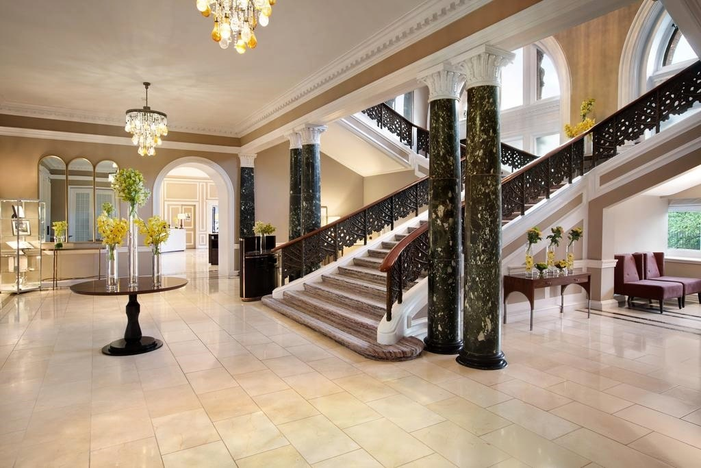 картинка Waldorf Astoria Edinburgh – The Caledonian lobby